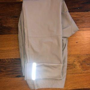 Lululemon abc (anti ball crushing) pants 32/32